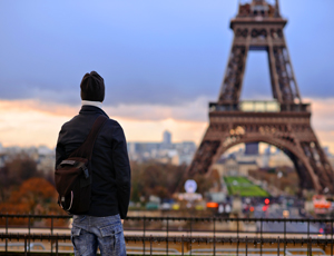 Fly til Paris i oktober